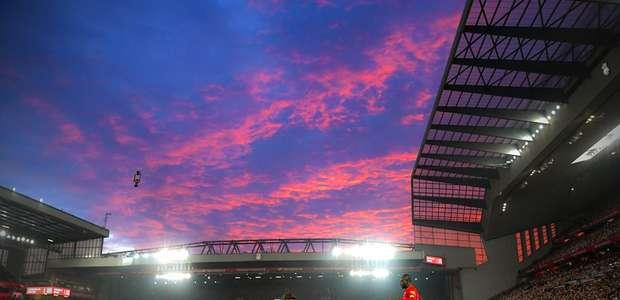 Liverpool no céu com diamantes dispara ainda mais na ponta