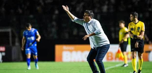 Adilson Batista admite falhas do Cruzeiro, mas evita ...