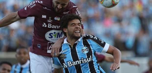Caxias surpreende, vence o Grêmio e leva 1º turno do Gaúcho