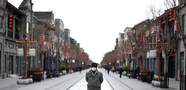 China suspende entrada de estrangeiros no país