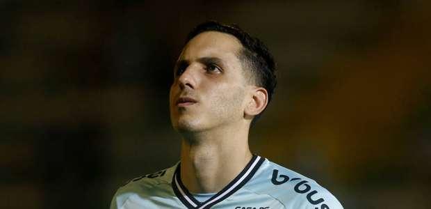 Gatito Fernández manifesta desejo de permanecer no Botafogo