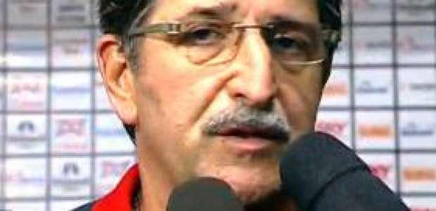 Renê Simões faz críticas pesadas ao ex-Ministro da ...