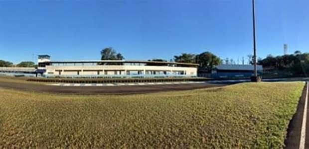 53 anos após sua primeira prova de kart, Londrina ...