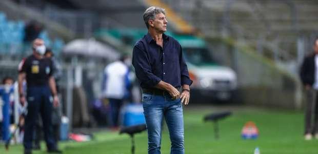 Grêmio dá voto de confiança a Renato e demite gerente