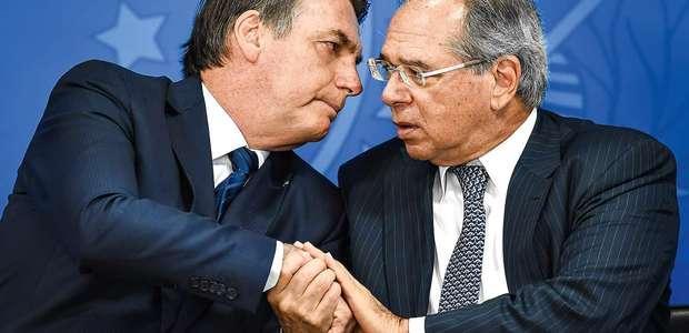 """""""Números mostram Brasil saindo da crise"""", afirma Bolsonaro"""