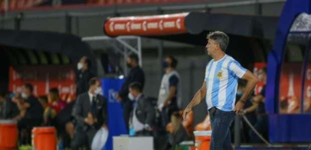 Vitória no Paraguai foi dedicada por Renato Portaluppi a ...
