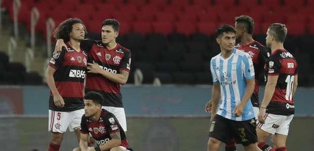 Nos pênaltis, Racing elimina Flamengo da Libertadores
