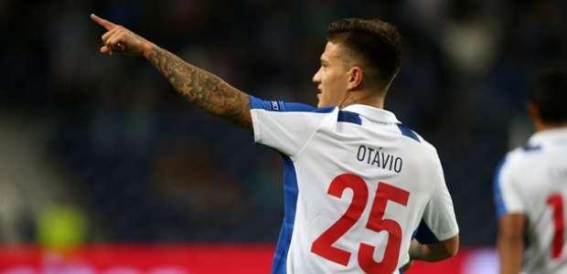 Otávio tem oferta de pré-contrato do Milan