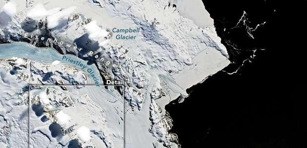 Satélite capta 'nuvens-UFOs' sobre montanhas na Antártida