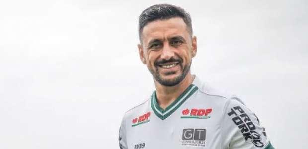 Robinho quer assumir papel de liderança no Coritiba