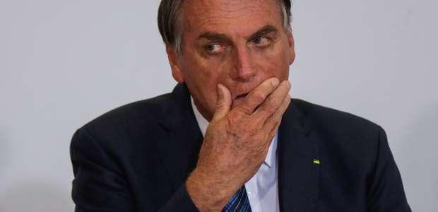 """Bolsonaro diz que STF """"impôs estado de sítio ao Brasil"""""""
