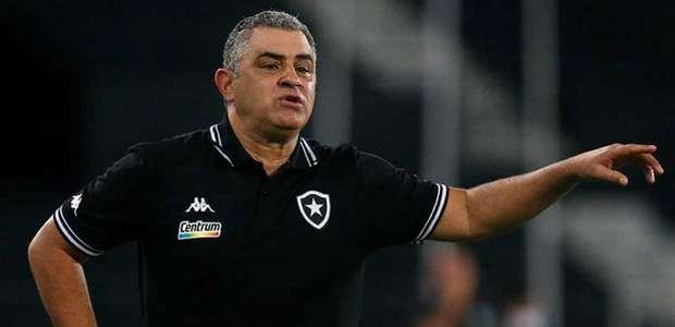 Chamusca vê evolução no Botafogo, mas reconhece ...