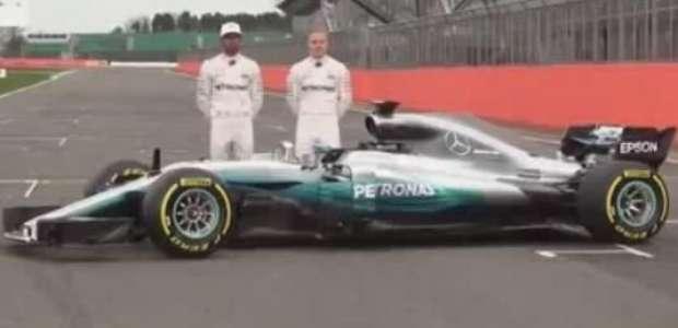 Mercedes apresenta novo carro da temporada 2017 da Fórmula 1