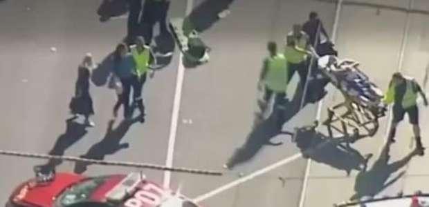 Carro atropela pedestres na Austrália e deixa 19 feridos