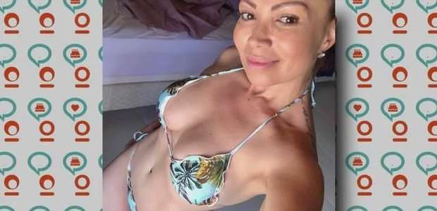TV Fuxico: Uau! Solange Almeida posa de biquíni!