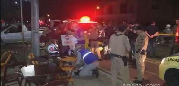 Homem é baleado na Avenida Tito Muffato em Cascavel