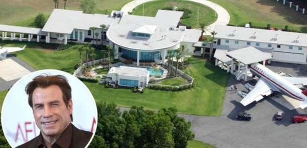 John Travolta! A mansão do astro que tem um aeroporto!