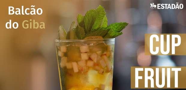 Aprenda a fazer o cup fruit, uma salada de frutas alcoólica