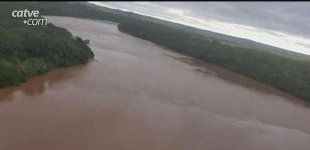 Operação fiscaliza mais de 200 metros de extensão do Rio Ivaí, no Paraná