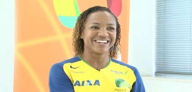 Keila Costa conta sua trajetória e destaca papel do seu primeiro treinador