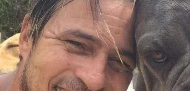 Ex-ator da Globo abandona carreira e vive isolado em ilha