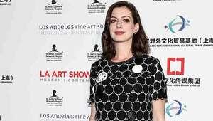 Anne Hathaway se burla de las Kardashian y luego se ...