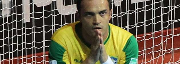 Falcão recebe mensagem de Blatter e agradece apoio dos fãs