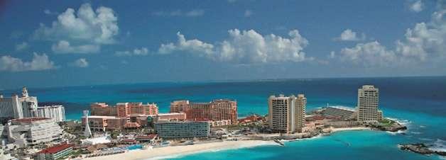 Voo direto, idioma e mordomias viram ímã de brasileiros em Cancun