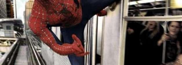 A teia do Homem-Aranha conseguiria parar um trem lotado?