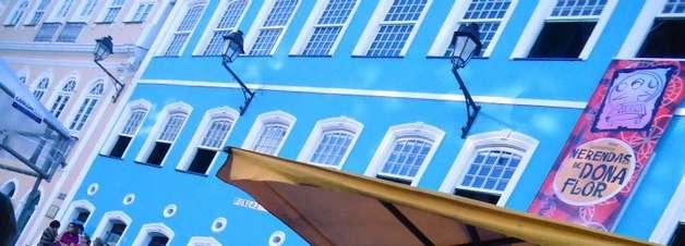 Pelourinho é palco de feira gastronômica com quitutes de Jorge Amado