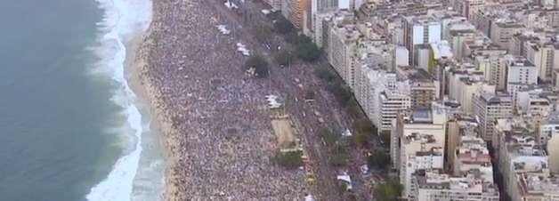 Metrô orienta fiéis para saída de Copacabana após JMJ