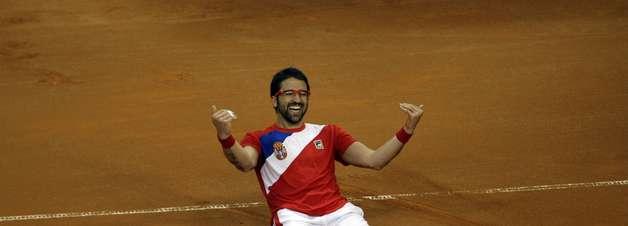 Copa Davis: Tipsarevic promove virada e põe Sérvia em final contra checos