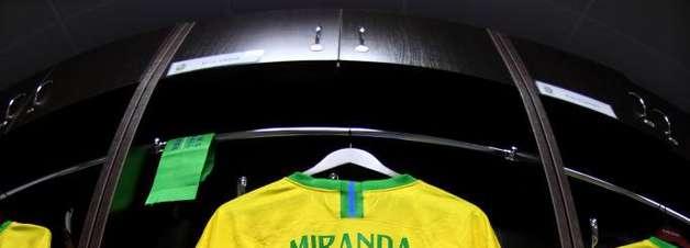 Contra Bélgica, Brasil jogará pela 4ª vez com camisa amarela