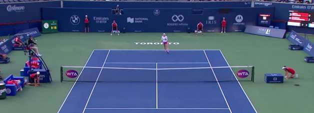 WTA Toronto: Serena Williams vence Ekaterina Alexandrova (7-5, 6-4)