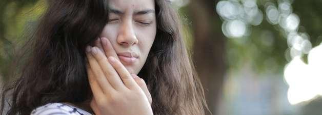 Fique atento e conheça os principais sintomas da cárie