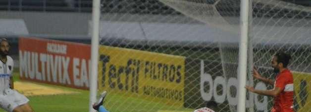 Com gol de Léo Gamalho, CRB vence Oeste na Série B do Brasileiro