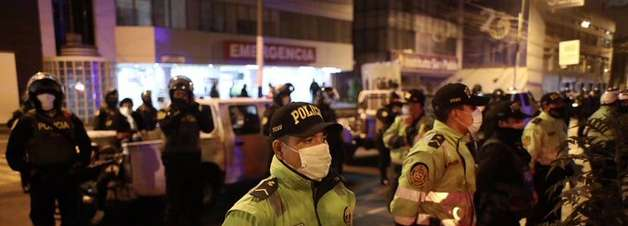 Ação policial em festa clandestina deixa 13 mortos no Peru
