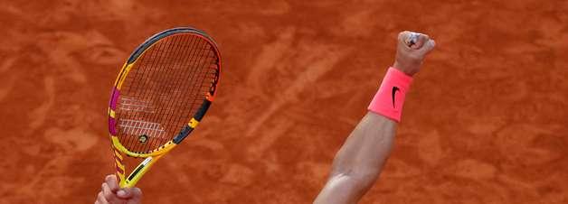 Nadal vence Schwartzman e vai à 13ª final em Roland Garros