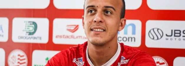Matheus Carvalho projeta título estadual para o Náutico