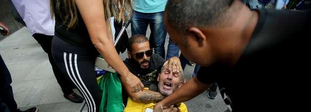 Homem com placa de Marielle é agredido por bolsonaristas