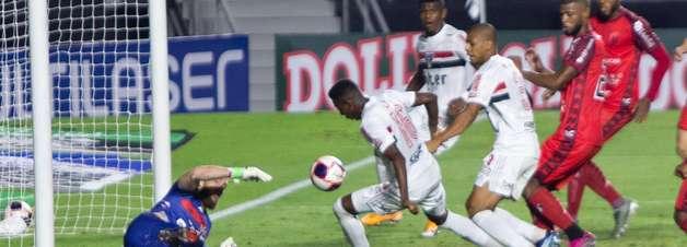 Na estreia de Crespo, São Paulo empata com o Botafogo-SP