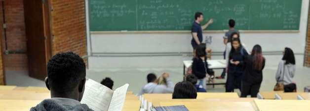 TJ-RJ autoriza a volta às aulas presenciais no Rio