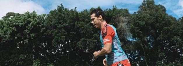Atletas em recuperação realizam trabalhos físicos enquanto delegação do São Paulo treina no Peru