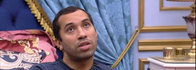 BBB21: 'Não está nem olhando na minha cara direito', diz Gilberto sobre Arthur