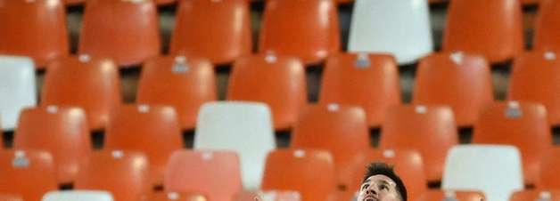 Messi comanda a vitória do Barcelona contra Valencia