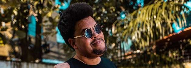 Babu Santana muda o visual e aparece com dreads no cabelo; veja transformação
