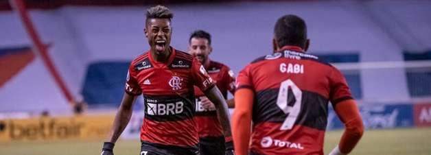 Flamengo fica a um passo da classificação na Libertadores