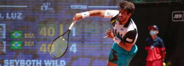 Orlando Luz perde na semi em Antália