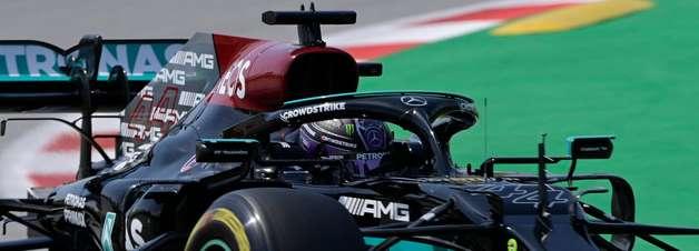 Red Bull vacila em estratégia de Verstappen e entrega vitória a Hamilton na Espanha