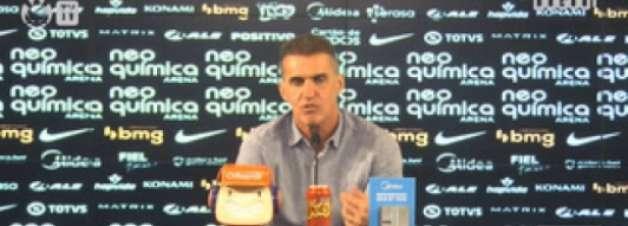 Mancini declara que não aguarda reforços no Corinthians: 'Trabalho com o que tenho em mãos'